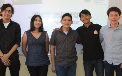 Estudiantes del Proyecto Inicia participan en coloquio internacional