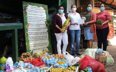 Zoológico Nacional recibe donativo de alimentos por parte de la UNAN-Managua